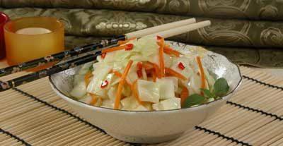 Салат из белокочанной капусты с перцем