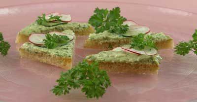 Бутерброды с салатным кремом