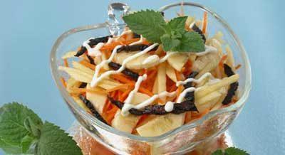Салат из моркови с бананами