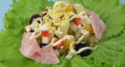 Ветчина с салатом