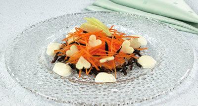 Салат морковный с яблоками