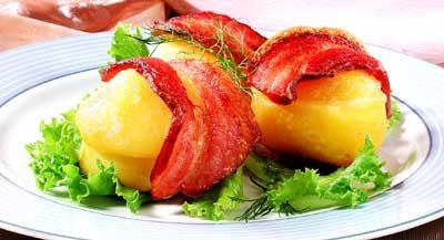 Картофель с беконом и сыром