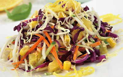 Салат из капусты с ананасами