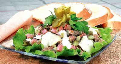 Салат из телятины с окороком