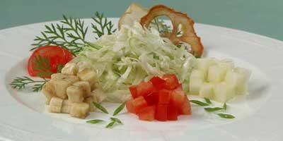 Салат из капусты с бананами