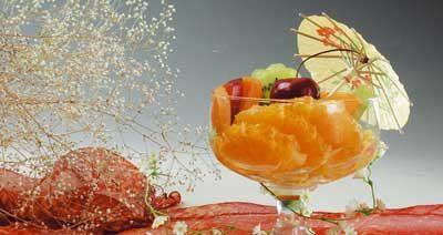 Десерт-коктейль из свежих фруктов