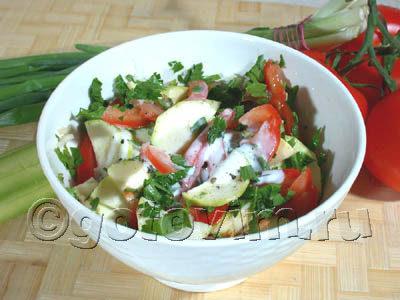 Греческий салат по-сельски с салатом Ромэн